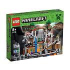 LEGO Minecraft 21118 Gruvan